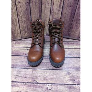 Trader Bay Women's High Top Boots  Size 8.5 👣